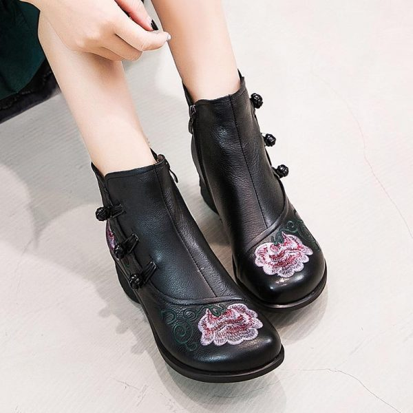 Flower Embroidery Boots