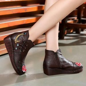 Asian Style Bohemian Embroidered Boots