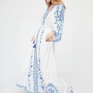 White lace dress boheme chic spirit